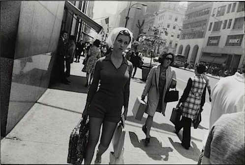https://mistymisschristy.files.wordpress.com/2016/01/winogrand.jpg?w=498&h=336